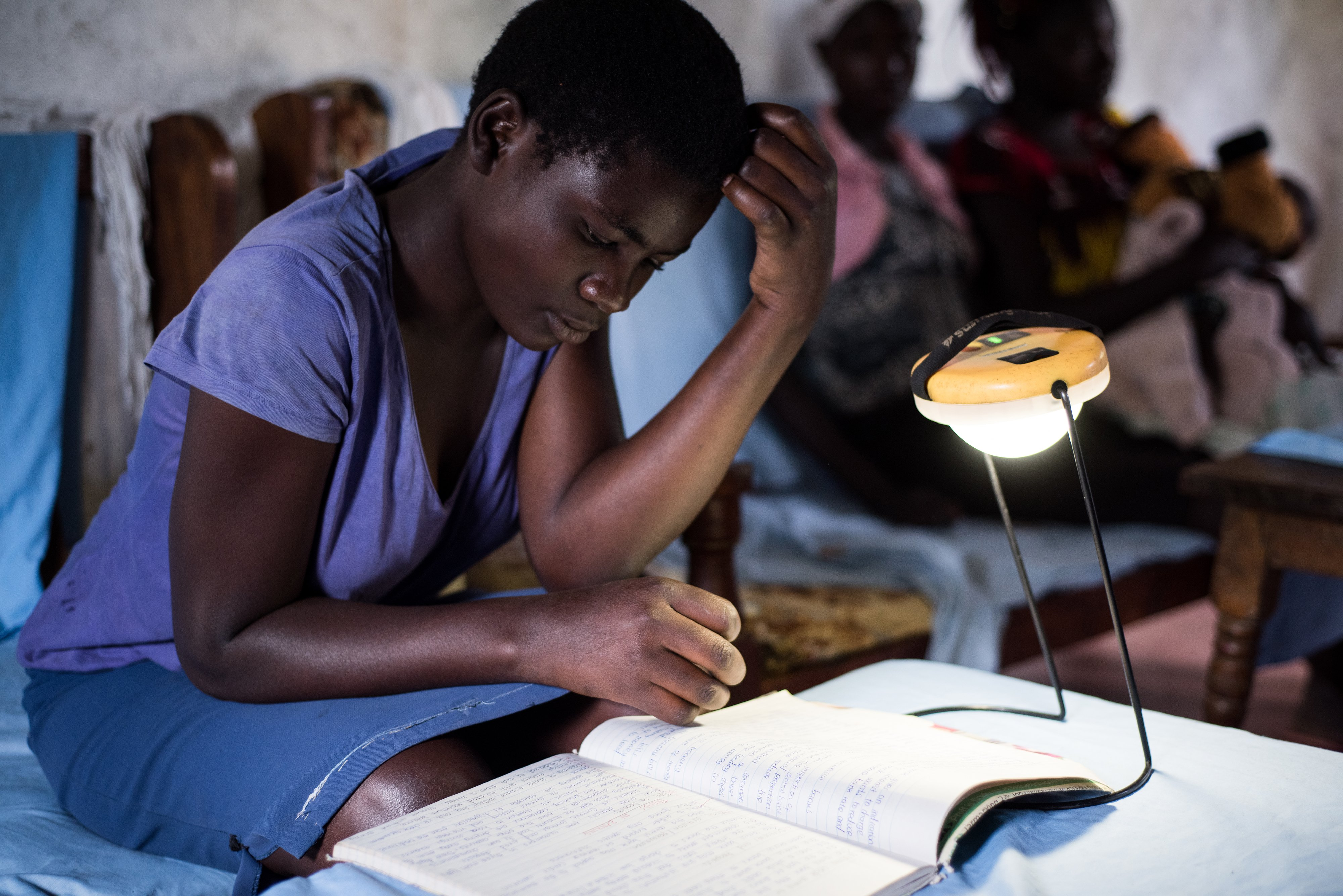 Using solar lamp to do homework